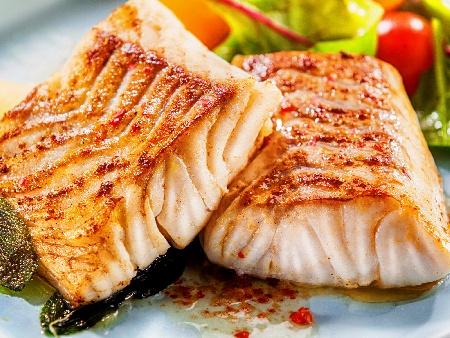 Печена риба треска на скара - снимка на рецептата